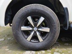 2013款 2.4L 手动 两驱汽油至尊版