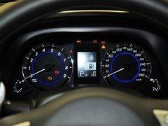 英菲尼迪  3.7L 自动 方向盘后方仪表盘