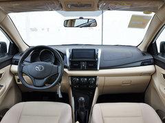 一汽丰田  1.3L 手动 中控台整体