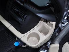 2013款2.4T 手动柴油普通型加长轴高顶Duratorq