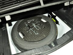 2013款 升级版 2.4L 自动 两驱 尊贵型 5座