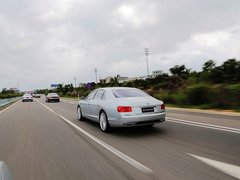 2013款6.0T 自动W12 豪华版
