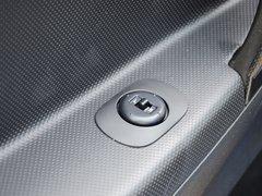 2013款 1.0L 手动 国际版豪华型
