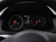 2014款 1.6L 自动 运动版
