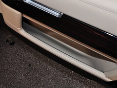 2014款 3.0 V6 SC Vogue SE 创世加长版 5座