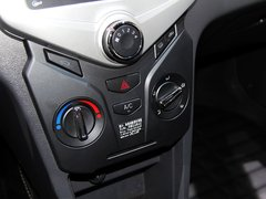 2014款 两厢 1.5L 手动 新青年版