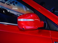 2015款1.5T 手动汽油 两驱豪华版