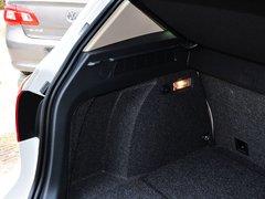 2015款1.8TSI 自动两驱舒适版 5座