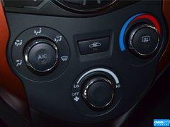 2014款1.3L 手动运动豪华型