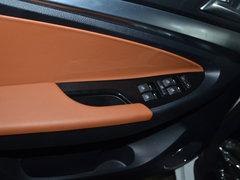 2015款1.9T 手动柴油两驱标准版 7座
