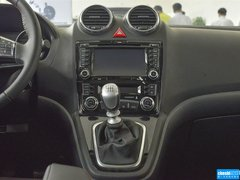 2015款 1.5T 手动 两驱尊贵型 5座