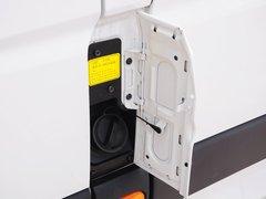 2015款 2.8T 手动 长轴商务版ISF2.8s4161P