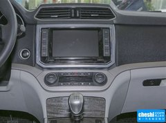 2015款 2.0T 手动 两驱尊贵型