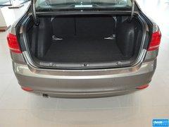 2015款 1.6L 自动 舒适版