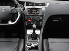 2016款 1.6T 豪华版THP160