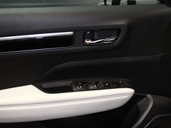 2016款2.5L四驱舒适运动版