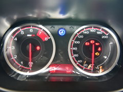 2015款1.5L 自动精英型