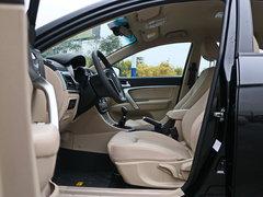 2016款 三厢1.5L 手动向上版