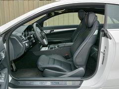 2016款 E200 轿跑车 灵动版