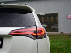 2016款 荣放 2.5L 自动四驱尊贵版