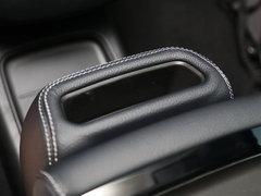 2016款E300 L 运动豪华型