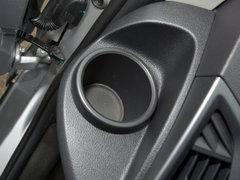 2017款2.0T柴油多功能商用车短轴低顶国IV