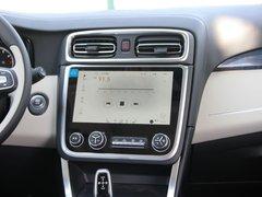 2017款2.0T两驱耀Pro版