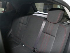 2017款 18T 自动两驱都市时尚型