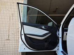 2017款1.5L手动新贵型