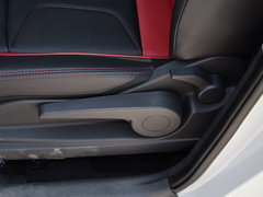 2017款 蓝标 1.5L AMT尊贵型