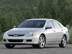 2005款 2.4L 自动 舒适版