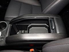 2017款 2.0T 四驱豪华版 7座