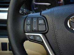 2017款2.0T四驱豪华版 7座