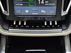 2017款 1.8T 自动尊贵型