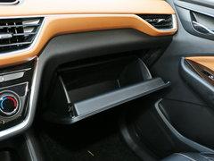 2018款 1.5L 手动标准型