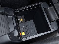 2018款2.0L自动两驱蓝天探索版
