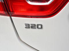 2018款 320 自动先锋天窗版