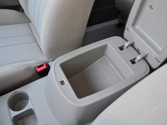 2018款M3L 1.6L7座舒适型