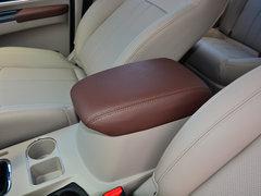 2018款M5L 1.6L7座豪华型