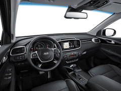 2018款索兰托L 2.0T 柴油2WD都市版5座