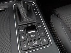 2018款 索兰托L 2.0T 柴油2WD都市版 5座