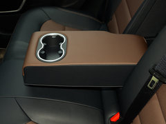 2018款 优雅版 1.8L 手动风尚型