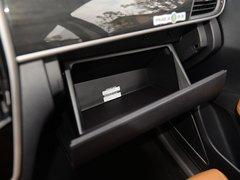 2018款 1.5T 自动智联旗舰型 6座