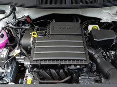 2018款 1.5L 自动标准版