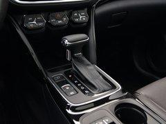2018款 235T 自动两驱至尊版