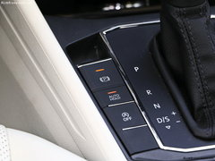 2018款1.5L自动风尚版