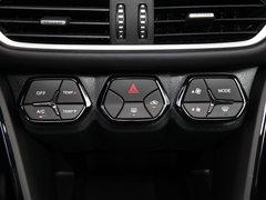 2018款 235T 自动两驱精英版