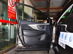 2019款 2.5 S/C HEV XE 四驱混动智联尊尚版