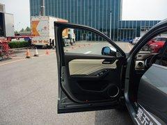 2018款2.0T两驱超豪型