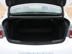 2019款 三厢 15S 自动领先型